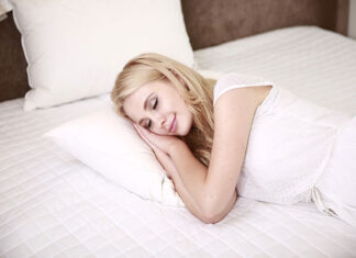 Are Thinner Sheets Better For Sleepers Who Sweat At Night?